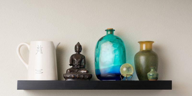 altar with buddha