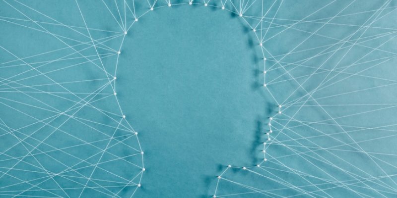 silhouette of person's head made of thread examen practice