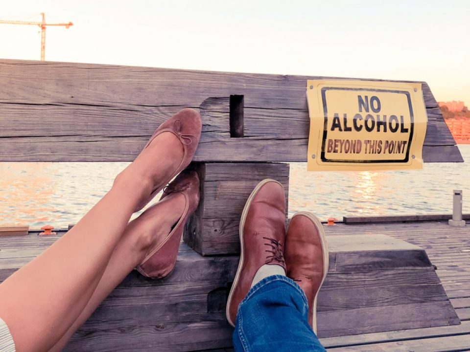 A sign says no alcohol for alcohol-free affirmations