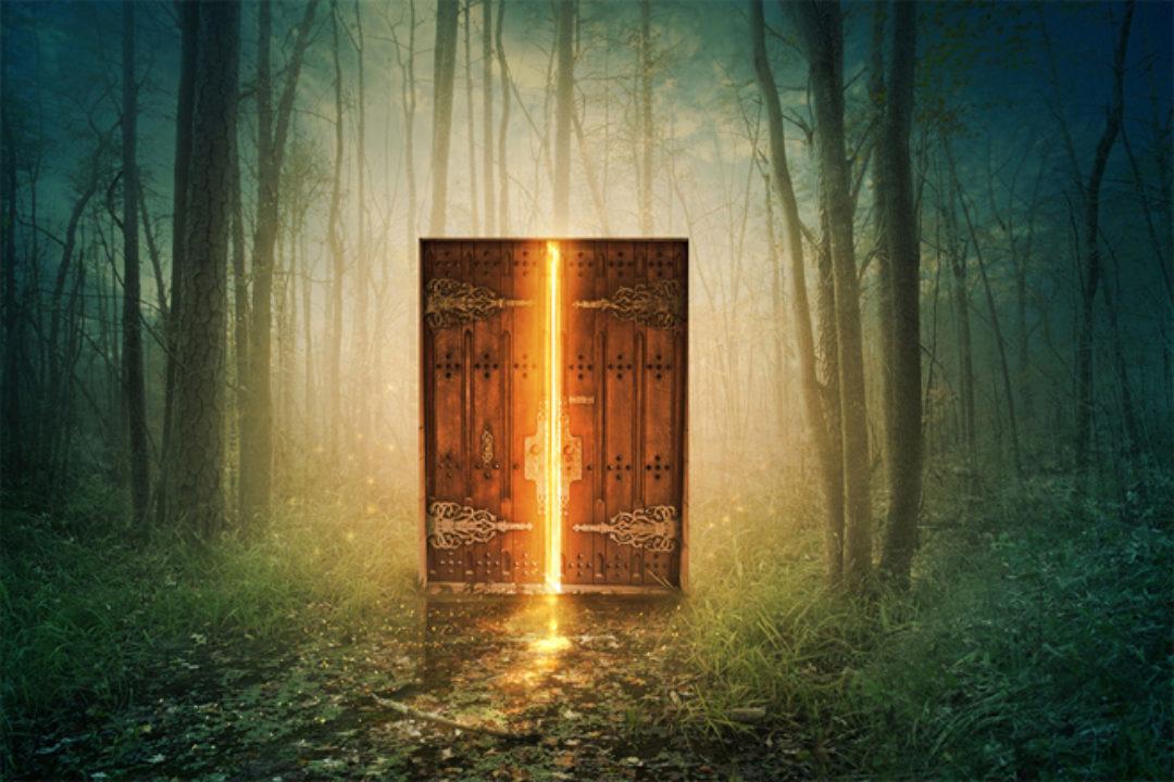 rusty lock on door