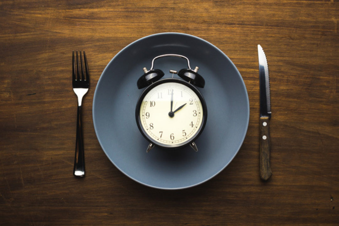 plate and clock