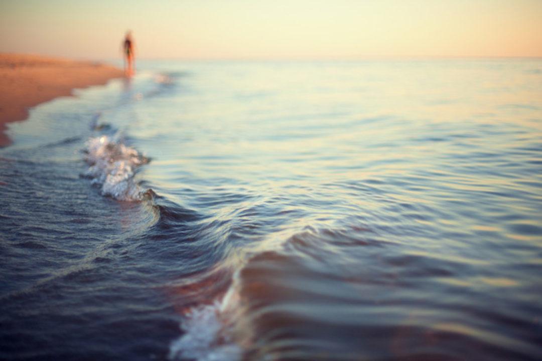 ocean lapping
