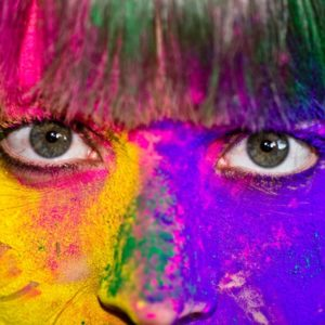 Bright eyes and Holi colors