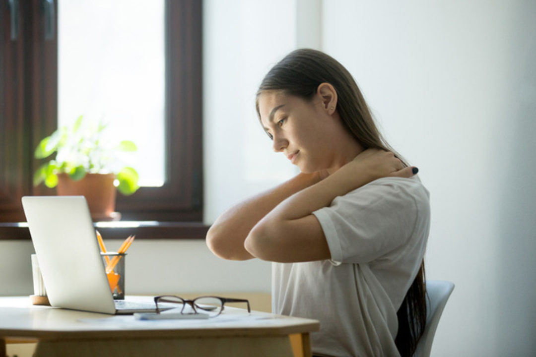 women with neck pain