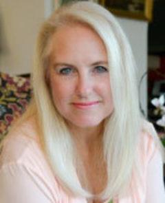Headshot of Michele Rae
