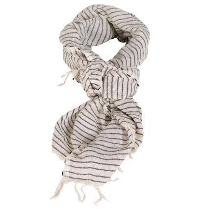 02 Tool Shegawscarf