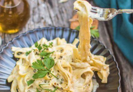 The Friendly Vegan Cookbook Fettuccine Alredo