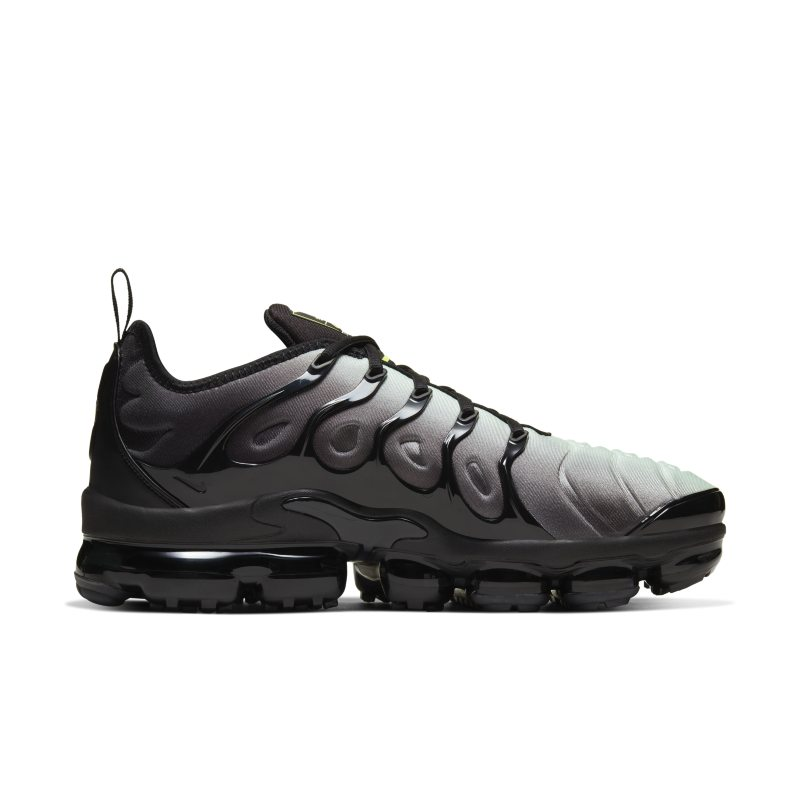 Nike Air VaporMax Plus CW7478-001 03