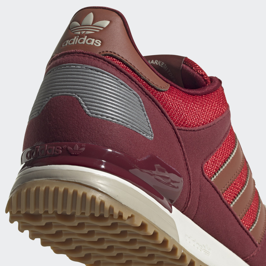 adidas ZX 700 FX6956 05