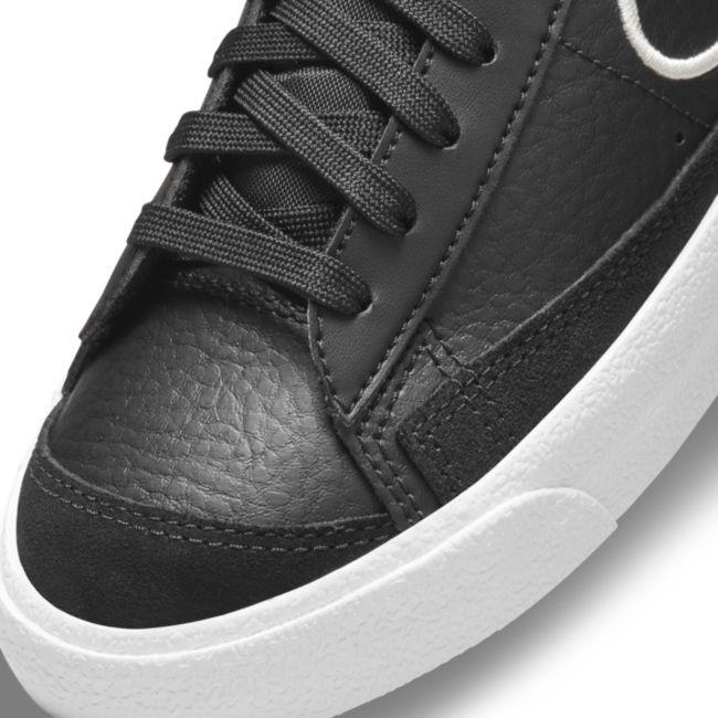 Nike Blazer Mid '77 SE DJ0265-001 03