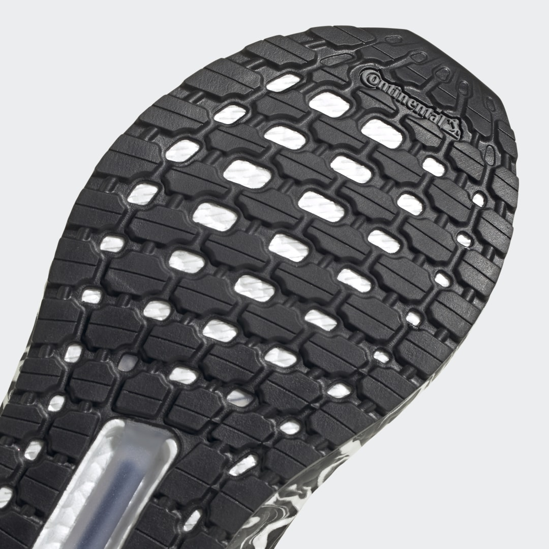 adidas Ultra Boost FW5720 05