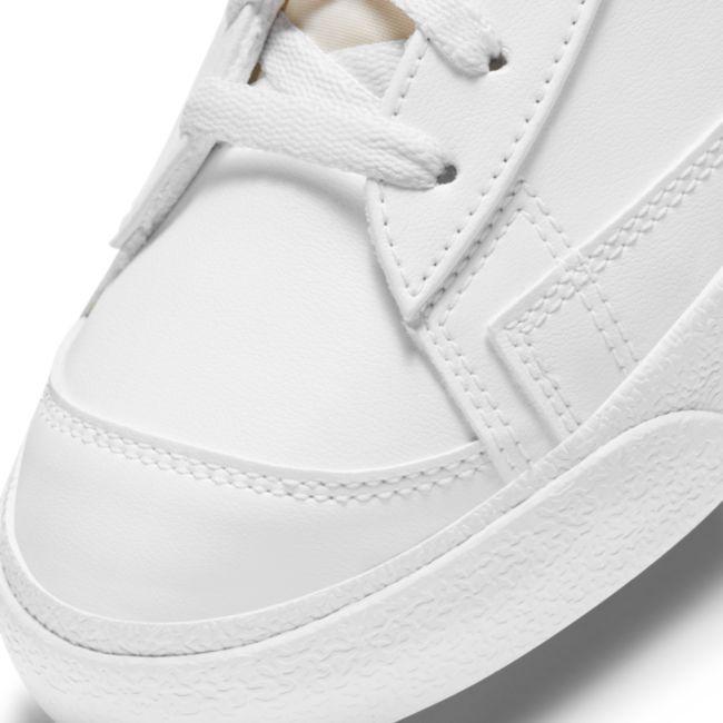 Nike Blazer Mid '77 DH4099-100 03