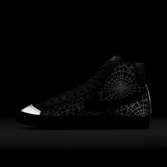 Nike Blazer Mid '77 DC1929-001 02