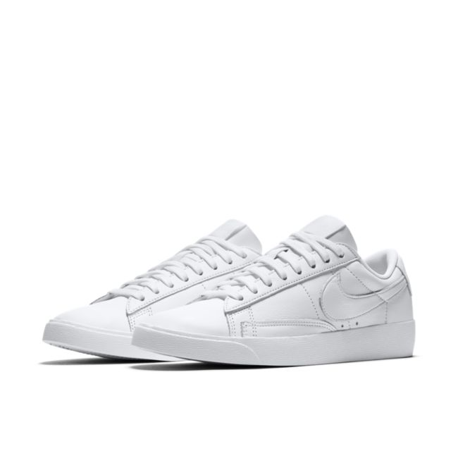 Nike Blazer Low LE AV9370-111 03