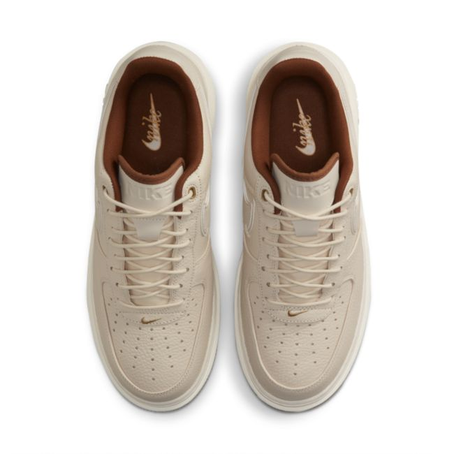 Nike Air Force 1 Luxe DB4109-200 02