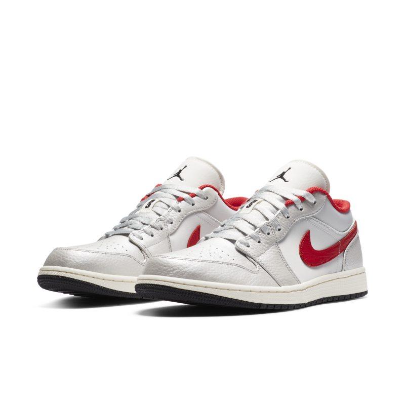 Jordan 1 Low Premium DA4668-001 02