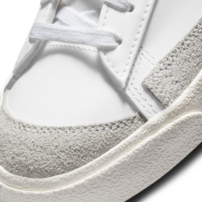 Nike Blazer Low '77 DC4769-102 03