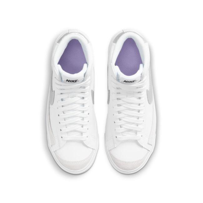 Nike Blazer Mid '77 DA4086-101 02