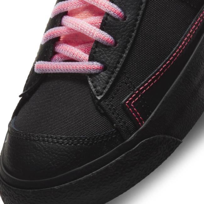 Nike Blazer Mid '77 DD7710-001 03