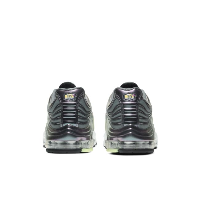 Nike Air Max Plus 2 CV8840-300 02