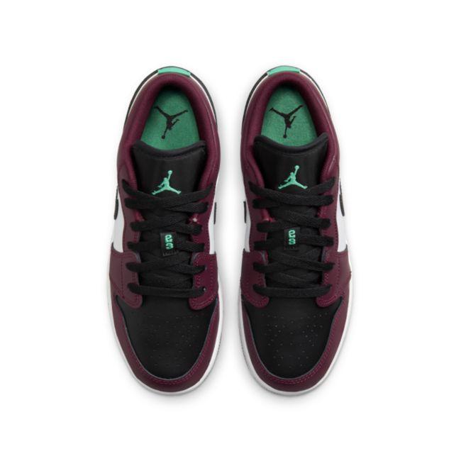 Jordan 1 Low SE DM0589-635 02