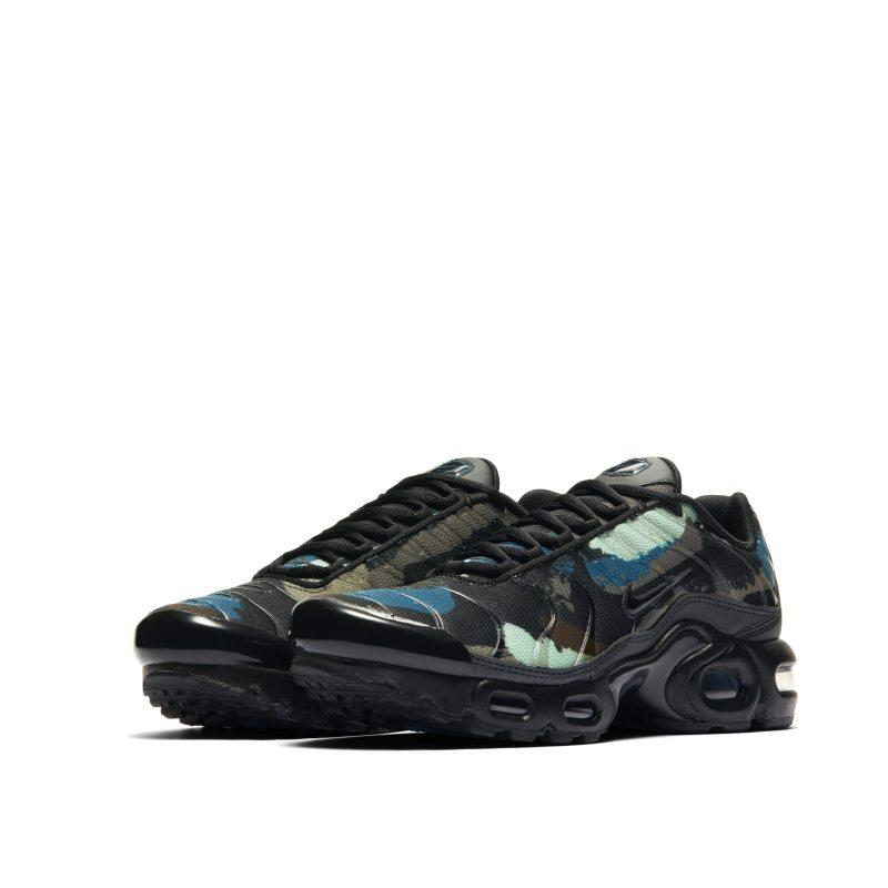 Nike Air Max Plus DB2608-001 02