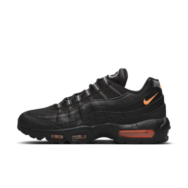 Nike Air Max 95 Essential DJ6884-001 02