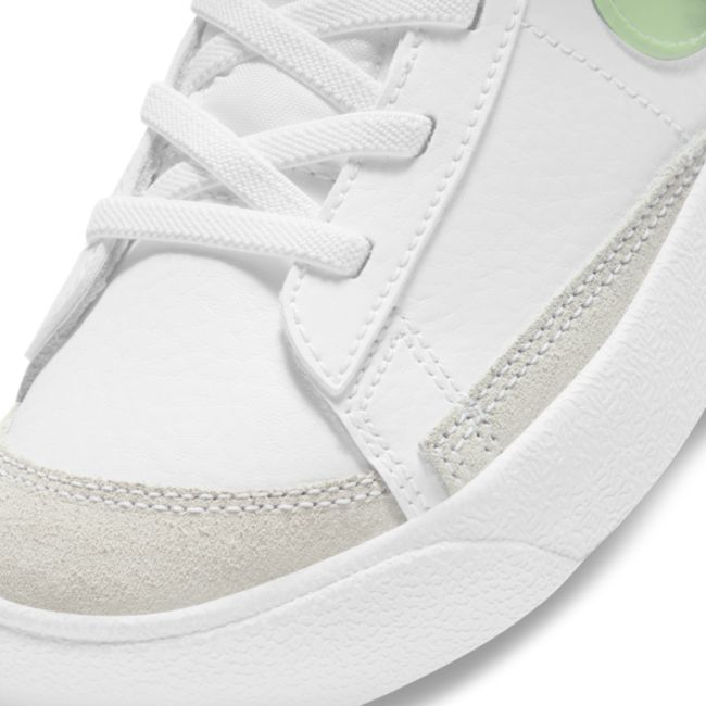 Nike Blazer Mid '77 SE DD1847-100 03