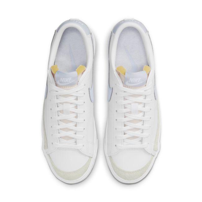 Nike Blazer Low '77 DC4769-103 02