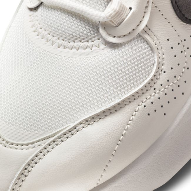 Nike Air Max Verona CW7982-100 03
