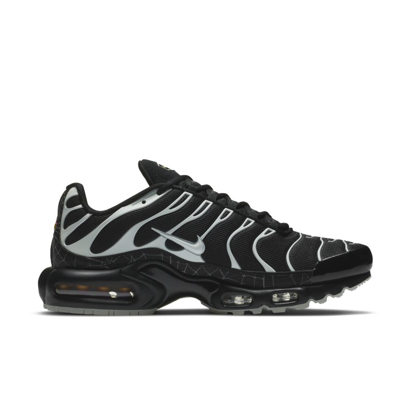 Nike Air Max Plus DD4004-001 03
