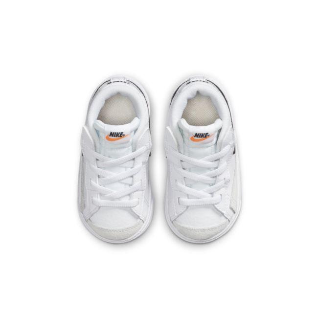 Nike Blazer Mid '77 DA4088-100 02