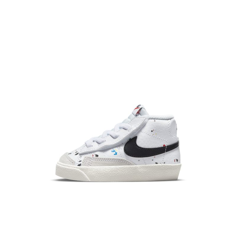 Nike Blazer Mid '77 DJ2620-100 01