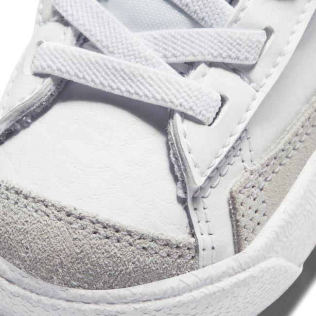 Nike Blazer Mid '77 DA4088-100 03