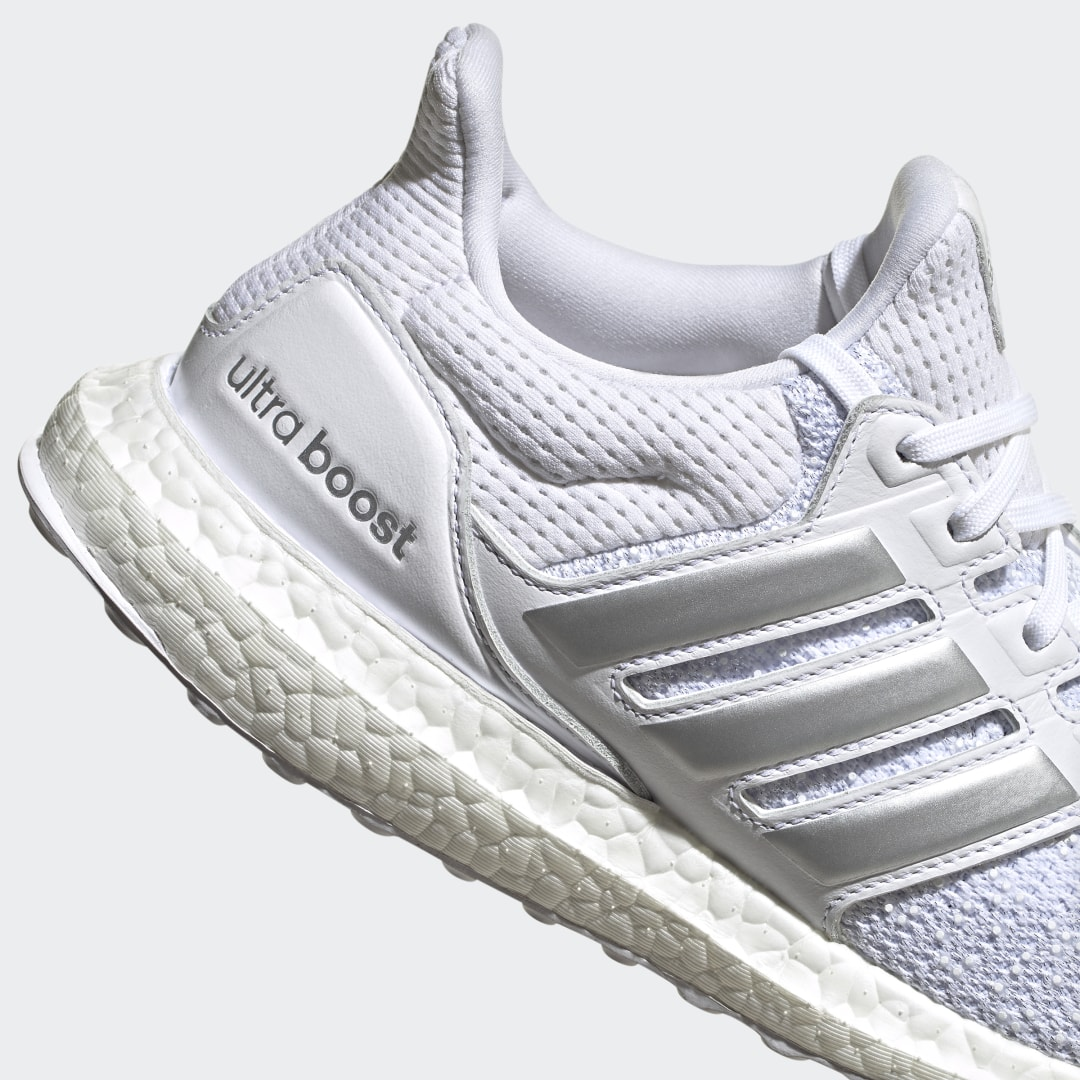 adidas Ultra Boost DNA FW8692 04