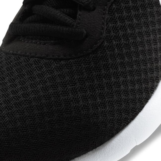 Nike Tanjun 818381-011 04