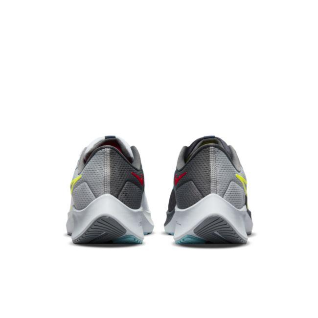 Nike Air Zoom Pegasus 38 Limited Edition DJ3129-001 04