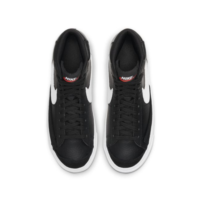 Nike Blazer Mid '77 DA4086-002 02
