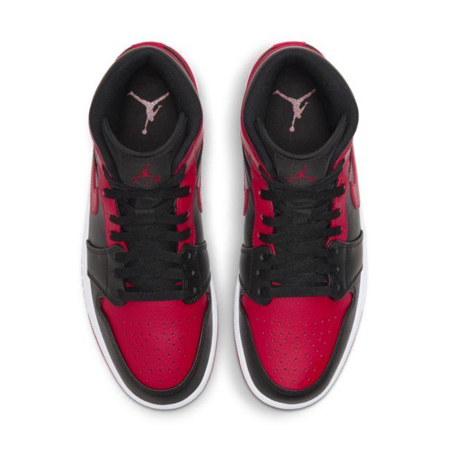 Jordan 1 Mid 554724-074 02