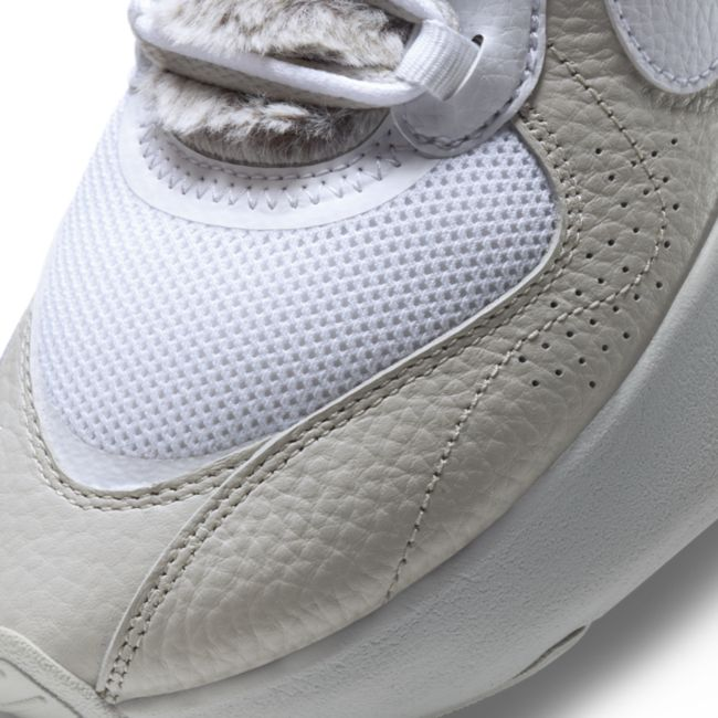 Nike Air Max Verona DC1166-001 03