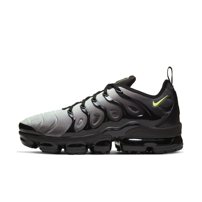 Nike Air VaporMax Plus CW7478-001 01