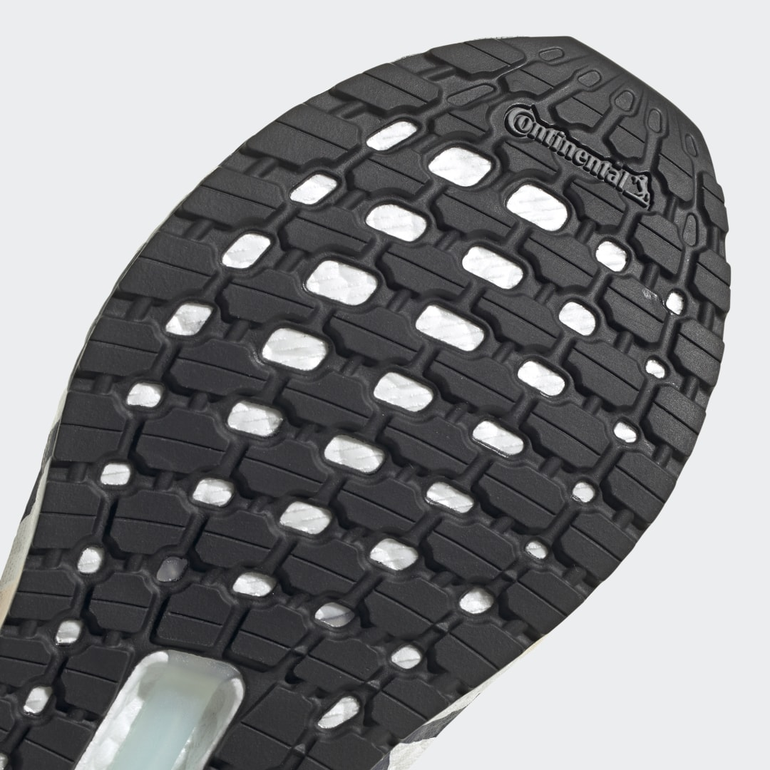 adidas Ultra Boost 20 FV8357 05