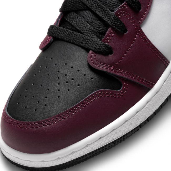 Jordan 1 Low SE DM0589-635 03