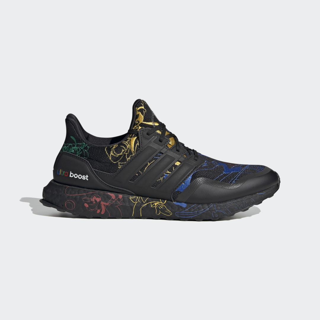 adidas Ultra Boost DNA x Disney FV6050 01