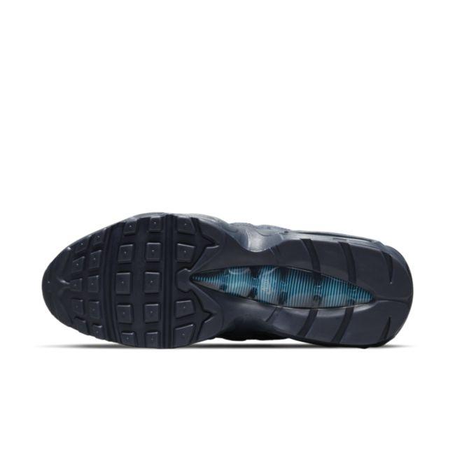 Nike Air Max 95 Essential DJ6884-400 02