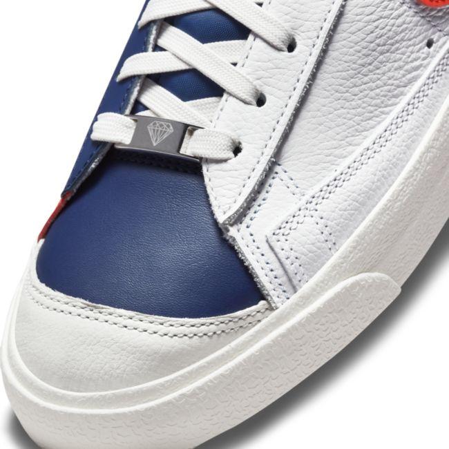 Nike Blazer Mid '77 EMB DD8025-100 03