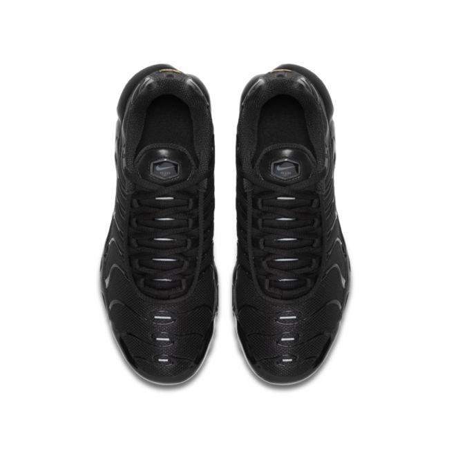 Nike Air Max Plus CD0609-001 02