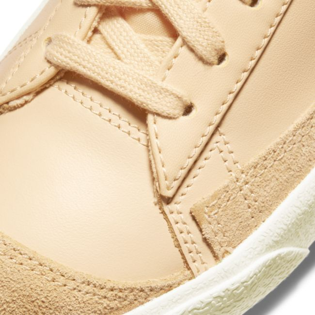 Nike Blazer Mid '77 Vintage CZ1055-700 03