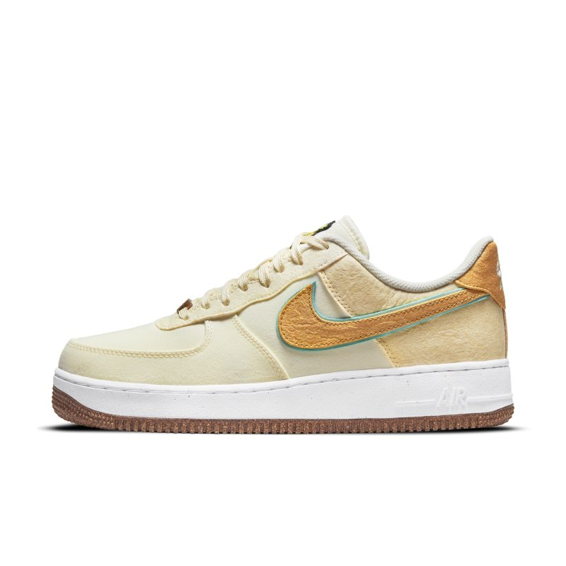 Nike Air Force 1 '07 Premium CZ1631-100 01
