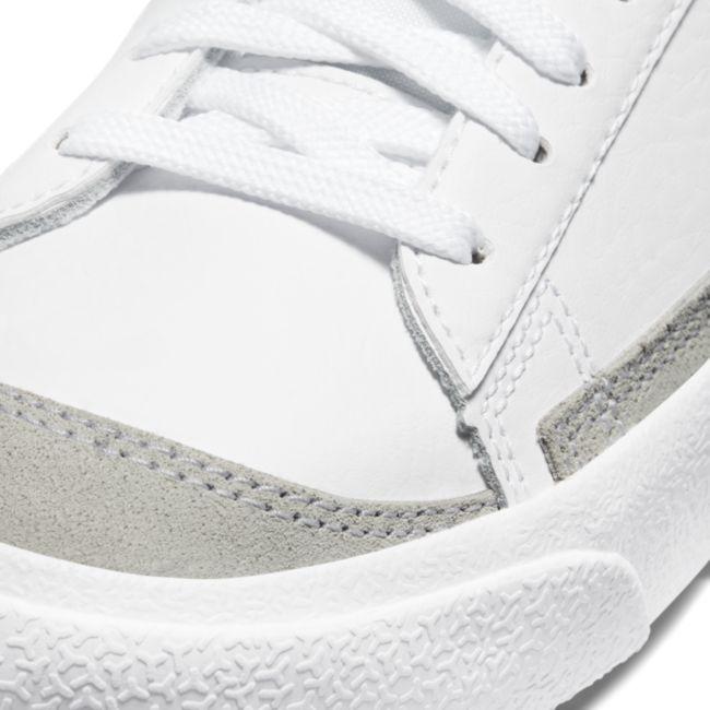 Nike Blazer Low '77 DA4074-101 03